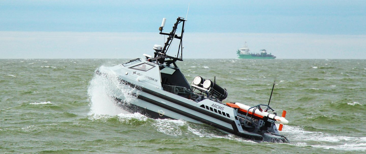 Atlas Eletronik ARCIMS vehicle Royal Navy unmanned minehunting